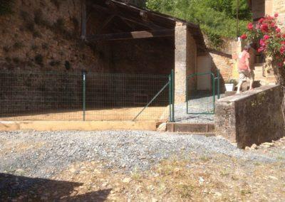 Montmelas 69640 clôture soudée verte avec portillon
