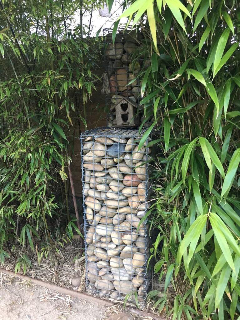 Gabion: cailloux en cage décoration à Ars sur Formans 01480