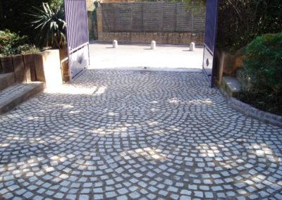 Pavage en pierre naturelle en queue de paon à Albigny sur saône 69250