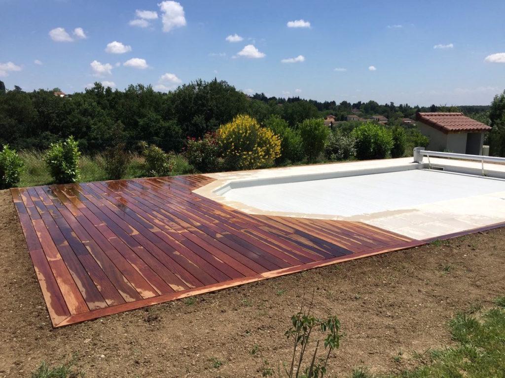 Plage : tour de piscine en IPE bois exotique à Dardilly 69480