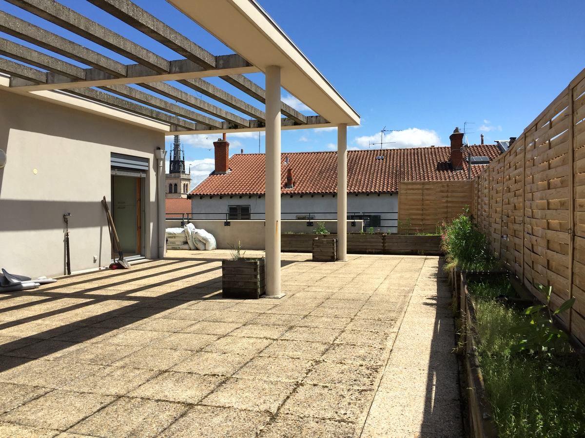 Toit terrasse à Villefranche sur Saône 69400